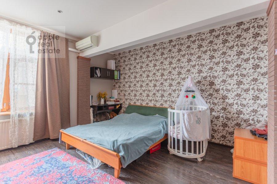 Спальня в 3-комнатной квартире по адресу Фрунзенская набережная 28
