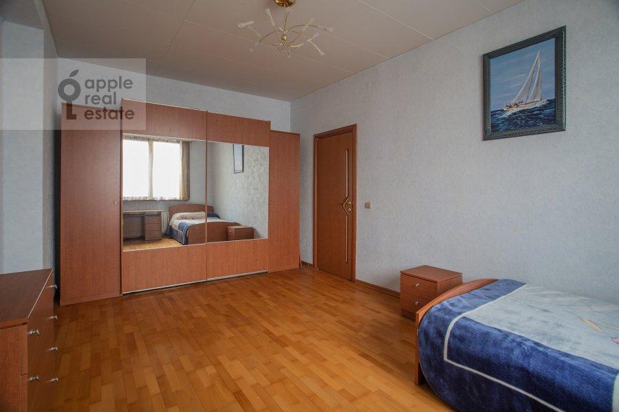Детская комната / Кабинет в 3-комнатной квартире по адресу Академика Анохина 4к2