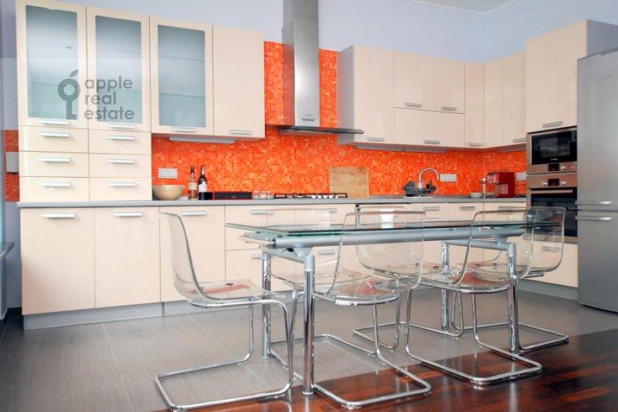 Кухня в 3-комнатной квартире по адресу Армянский пер. 7