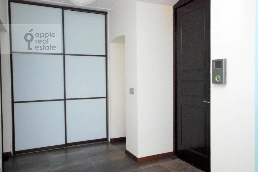 3-комнатная квартира по адресу Армянский пер. 7