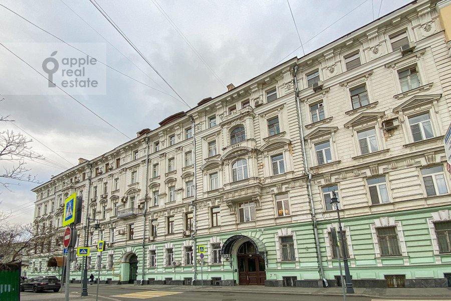 Фото дома 3-комнатной квартиры по адресу Армянский пер. 7