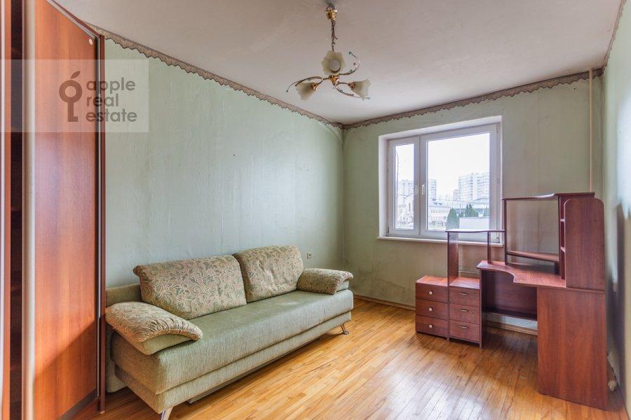 Детская комната / Кабинет в 3-комнатной квартире по адресу Южнобутовская ул. 5