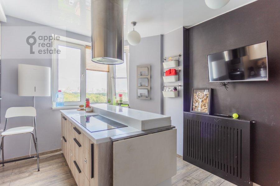 Кухня в 3-комнатной квартире по адресу Сходненская 3