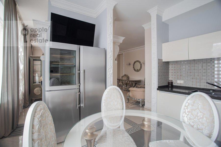 Kitchen of the 3-room apartment at Malaya Filevskaya ulitsa 40k1