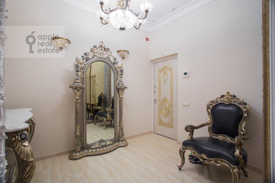 Corridor of the 3-room apartment at Malaya Filevskaya ulitsa 40k1