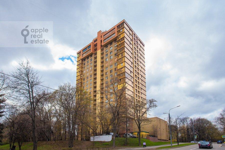 Photo of the house of the 3-room apartment at Malaya Filevskaya ulitsa 40k1