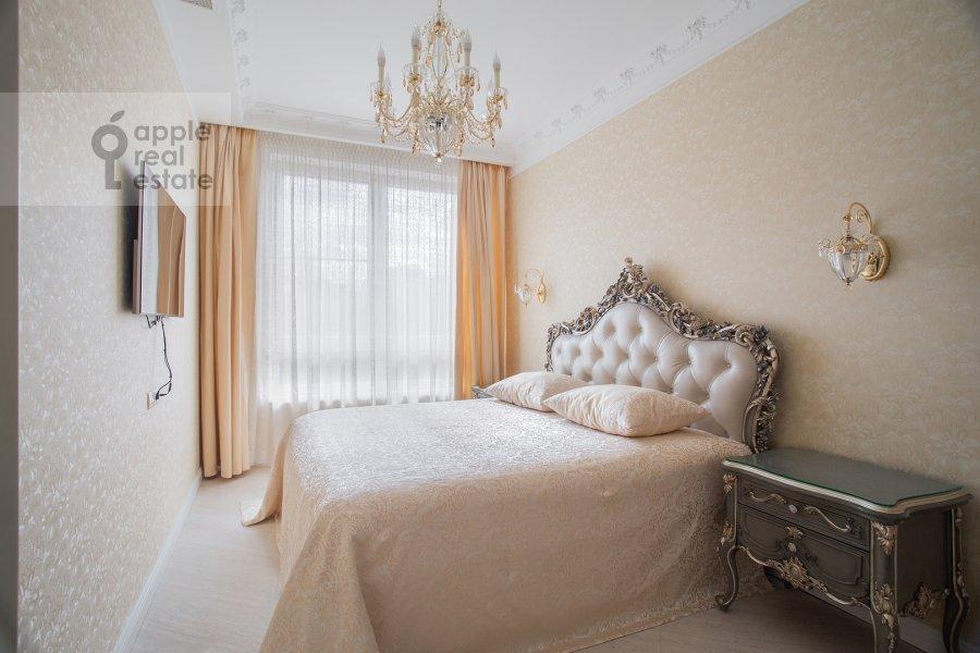 Bedroom of the 3-room apartment at Malaya Filevskaya ulitsa 40k1