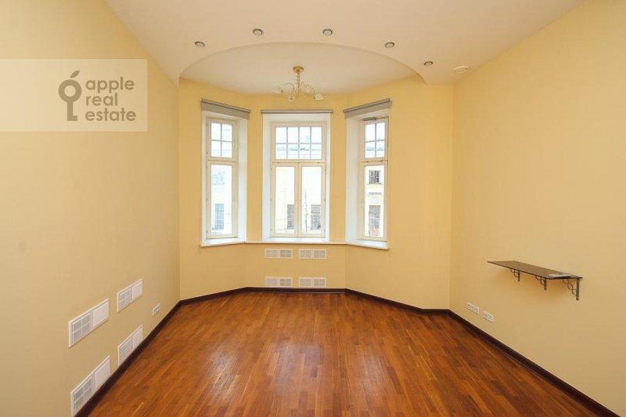Гостиная в 5-комнатной квартире по адресу Пречистенка ул. 27