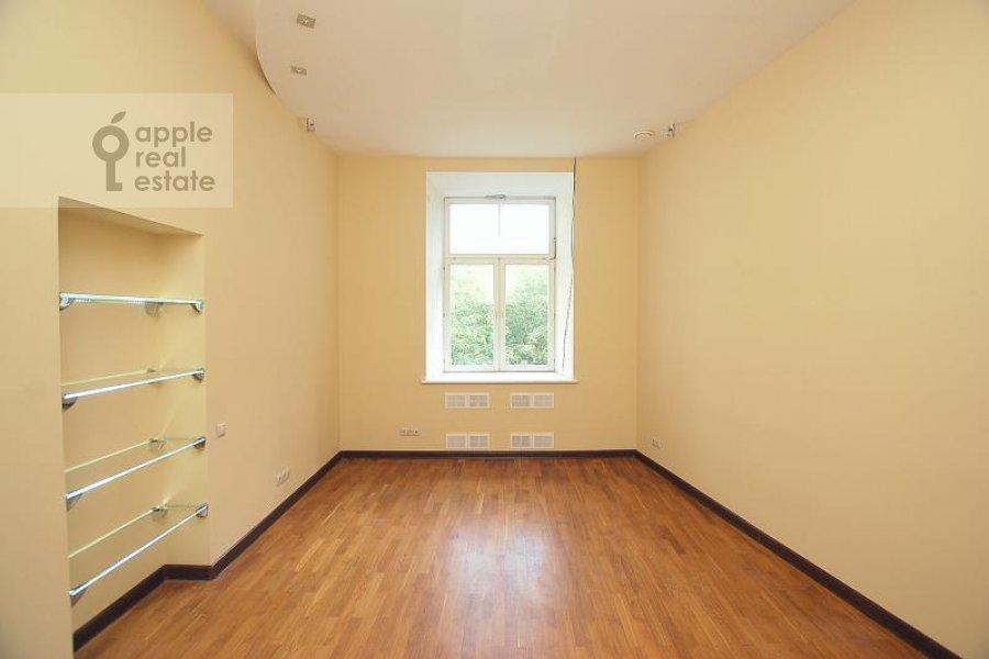 Детская комната / Кабинет в 5-комнатной квартире по адресу Пречистенка ул. 27