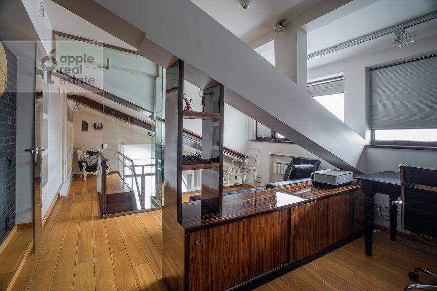 Кухня в 5-комнатной квартире по адресу Брюсов переулок 2/14С3