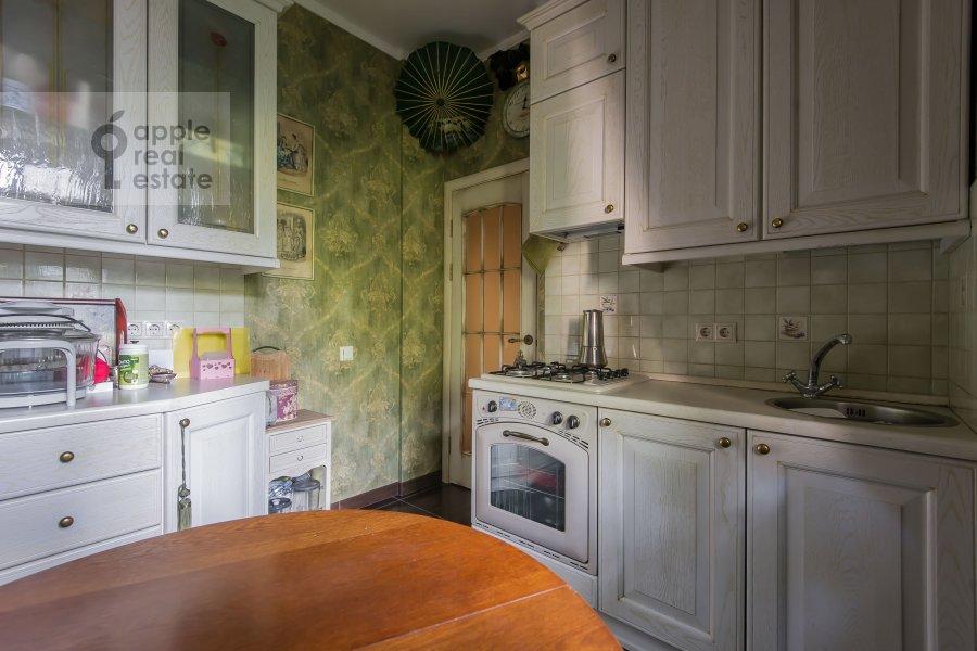 Kitchen of the 2-room apartment at prospekt Mira 124k19