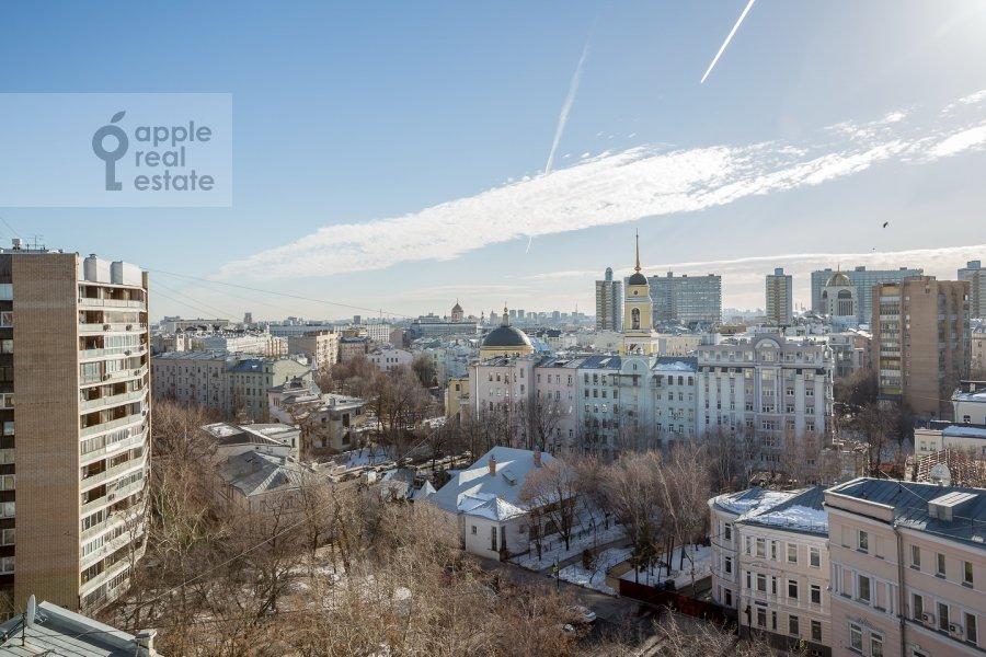 Вид из окна в 3-комнатной квартире по адресу Спиридоновка ул. 12