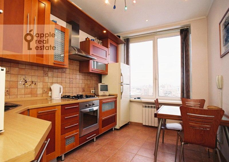Кухня в 3-комнатной квартире по адресу Спиридоновка ул. 12