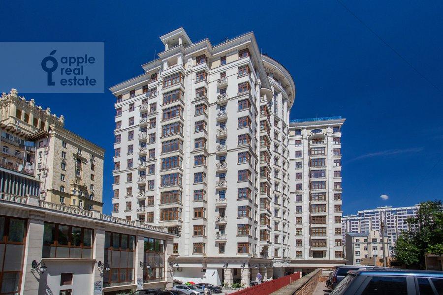 Фото дома 3-комнатной квартиры по адресу Новопесковский Малый пер. 8
