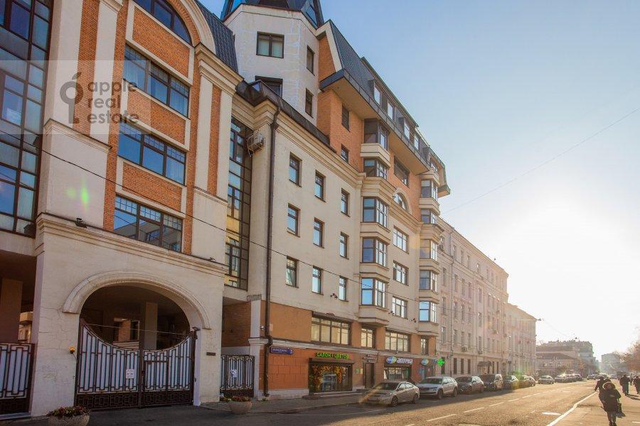 Фото дома 3-комнатной квартиры по адресу Малая Ордынка 3