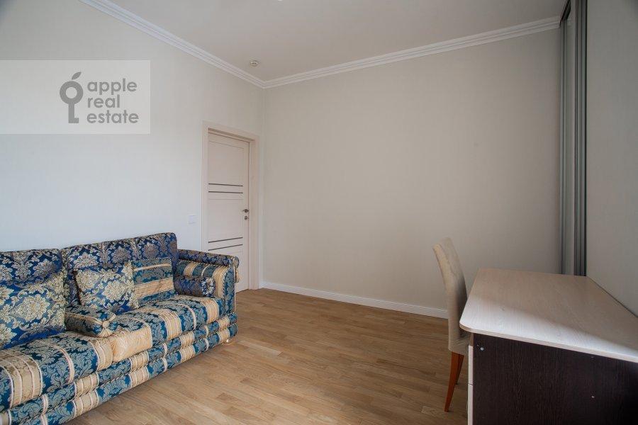 Детская комната / Кабинет в 3-комнатной квартире по адресу Малая Ордынка 3