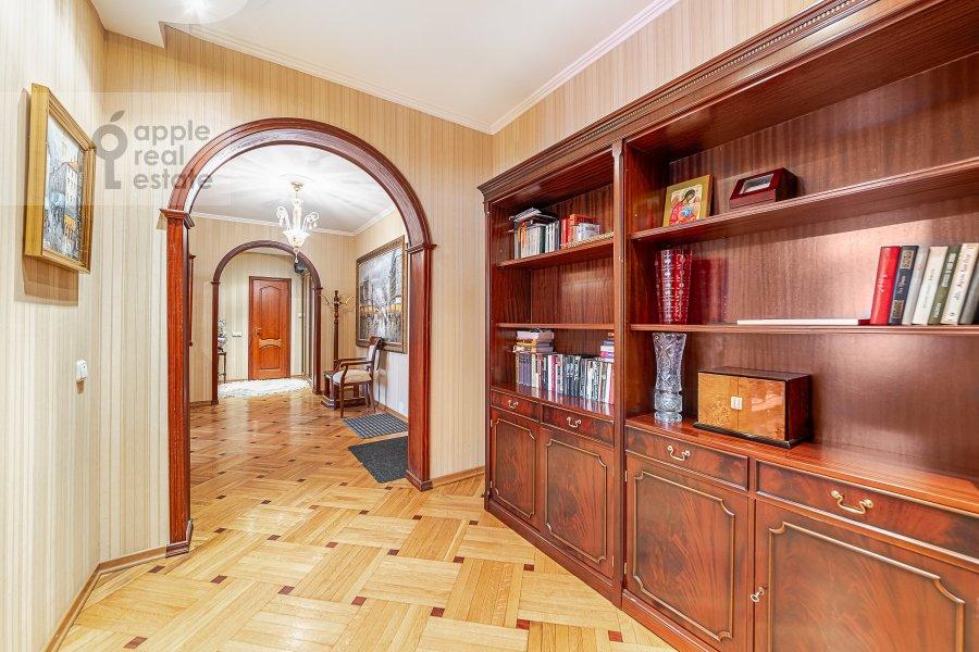 Corridor of the 2-room apartment at 2-ya Tverskaya-Yamskaya ulitsa 26