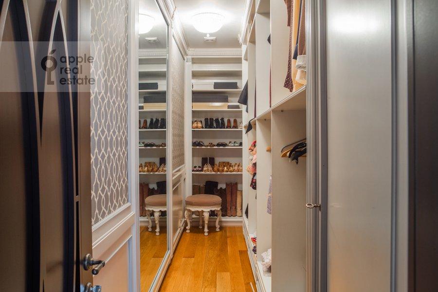 Walk-in closet / Laundry room / Storage room of the 3-room apartment at Krylatskaya ulitsa 45K2