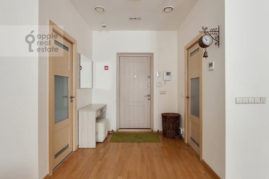 Коридор в 2-комнатной квартире по адресу проезд Березовой Рощи 12
