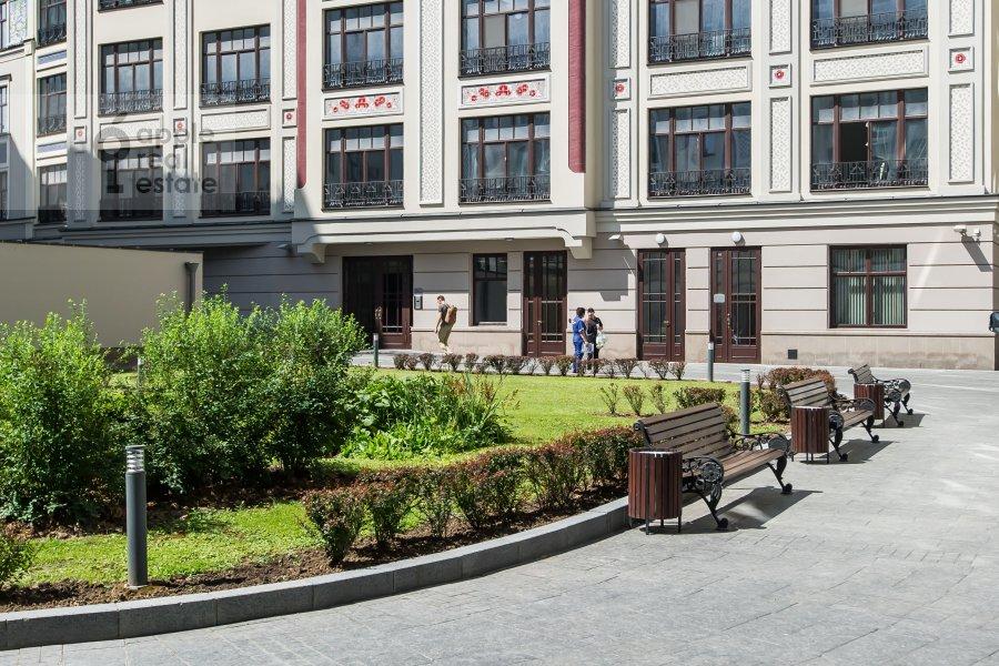 Фото дома 2-комнатной квартиры по адресу Поварская улица 8к1
