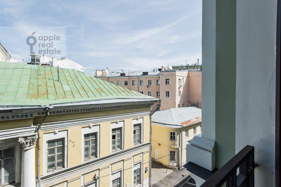 Вид из окна в 2-комнатной квартире по адресу Поварская улица 8к1