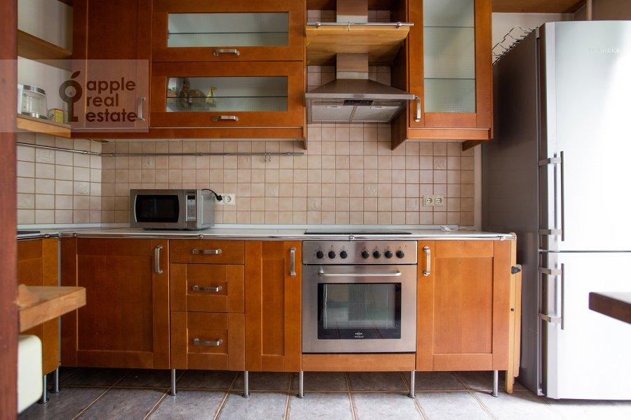 Кухня в 3-комнатной квартире по адресу Б. Николопесковский пер. 3