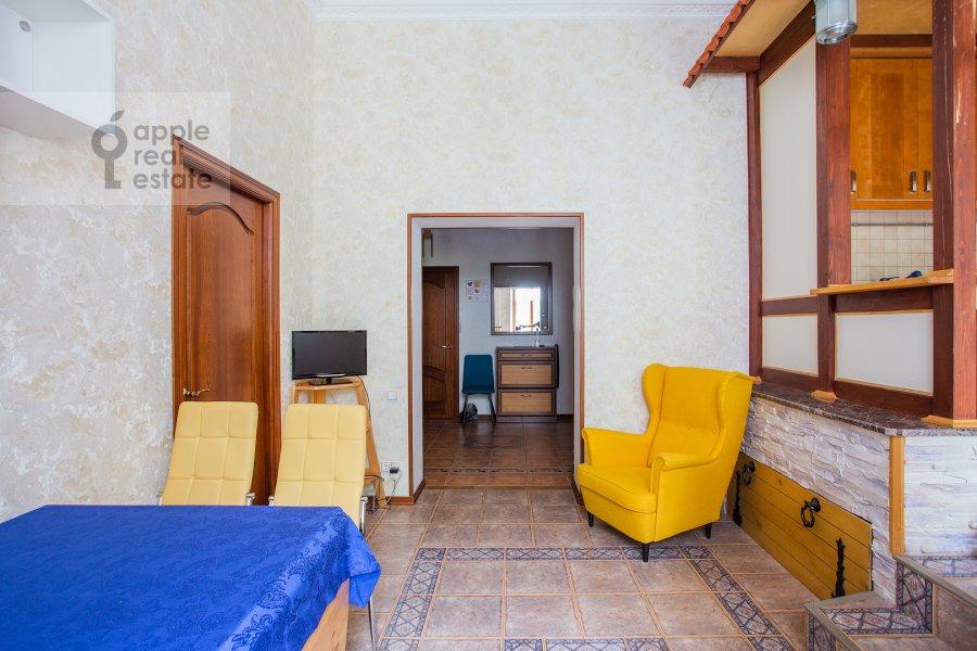 Гостиная в 3-комнатной квартире по адресу Б. Николопесковский пер. 3