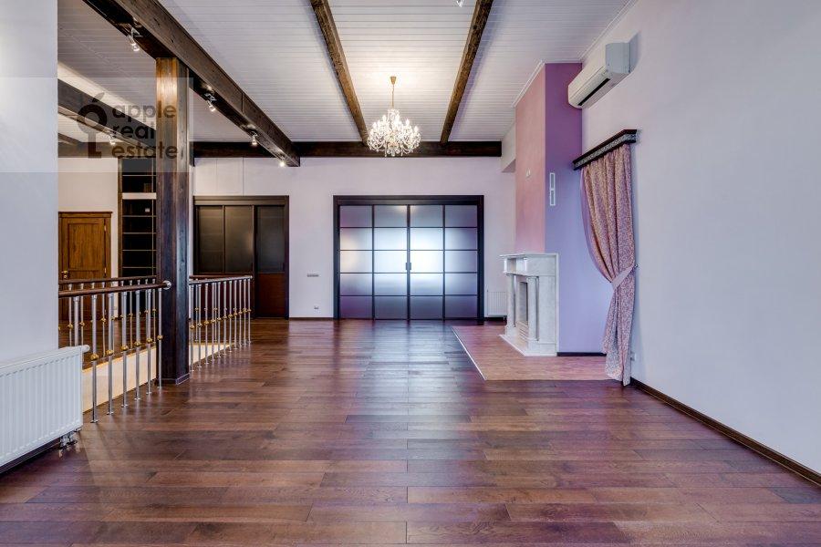 Гостиная в 3-комнатной квартире по адресу жилой комплекс Ангелово-Резиденц 83