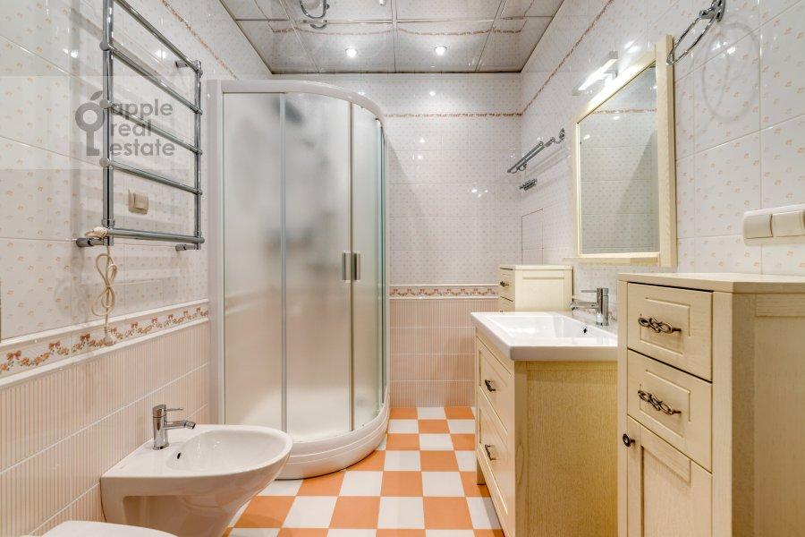 Санузел в 3-комнатной квартире по адресу жилой комплекс Ангелово-Резиденц 83