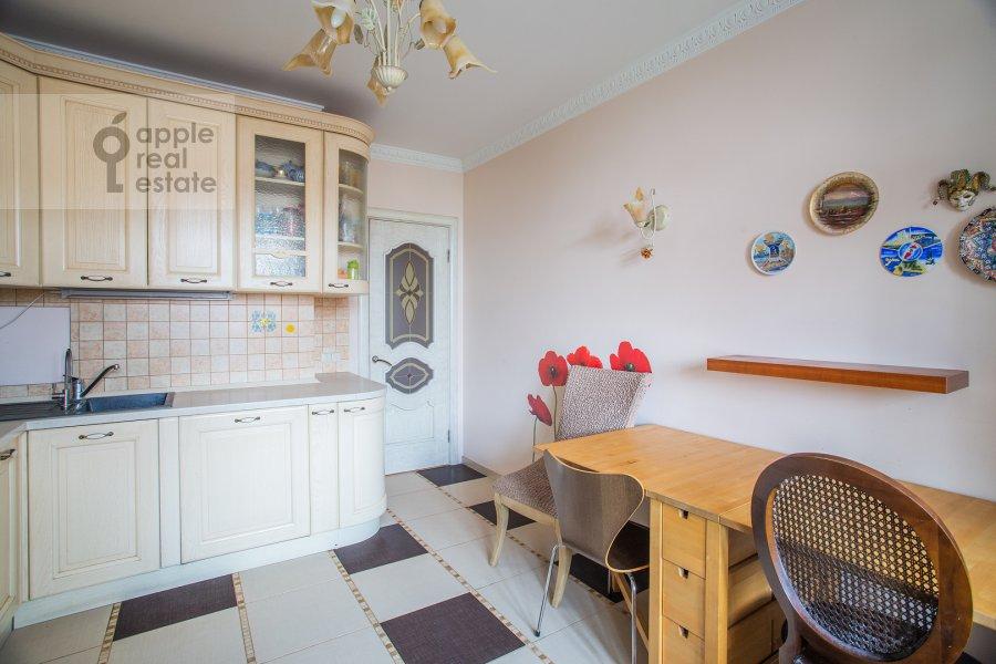 Kitchen of the 2-room apartment at prospekt Vernadskogo 27k1