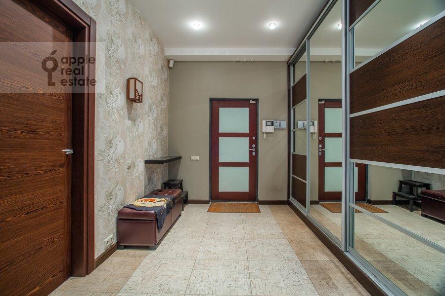 Corridor of the 3-room apartment at Michurinskiy 6k2