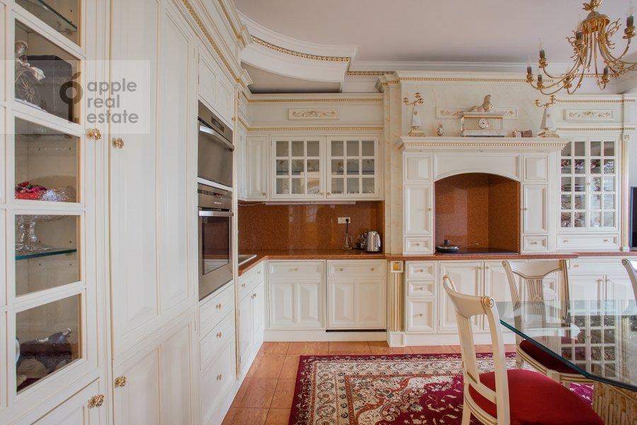 Kitchen of the 4-room apartment at Davydkovskaya ulitsa 3