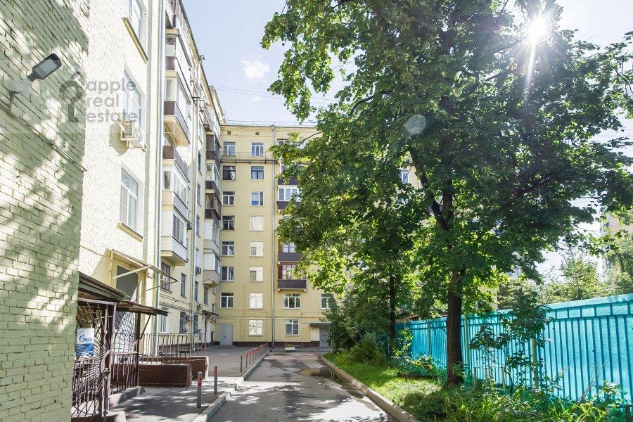 Photo of the house of the 3-room apartment at Poklonnaya ulitsa 4