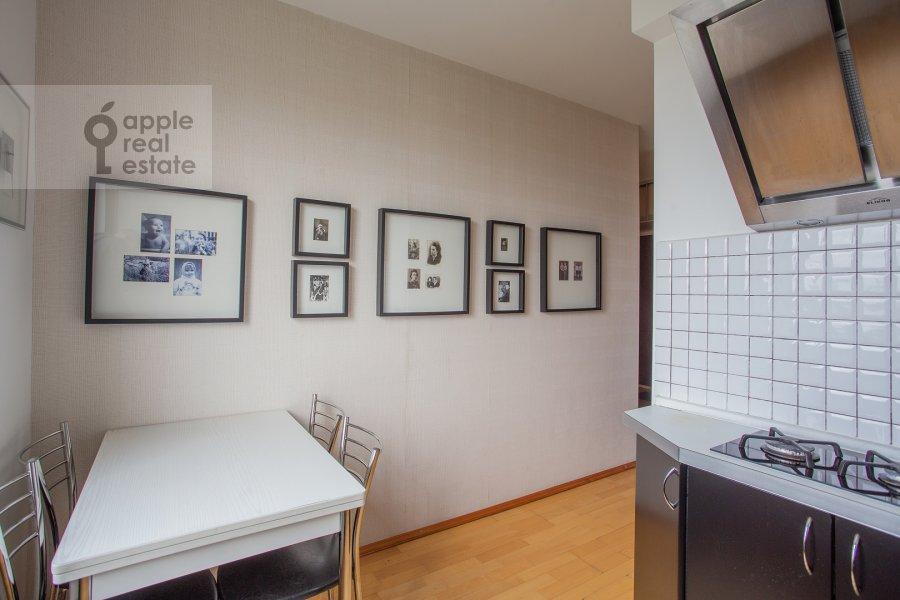 Kitchen of the 2-room apartment at Miklukho-Maklaya 51/1