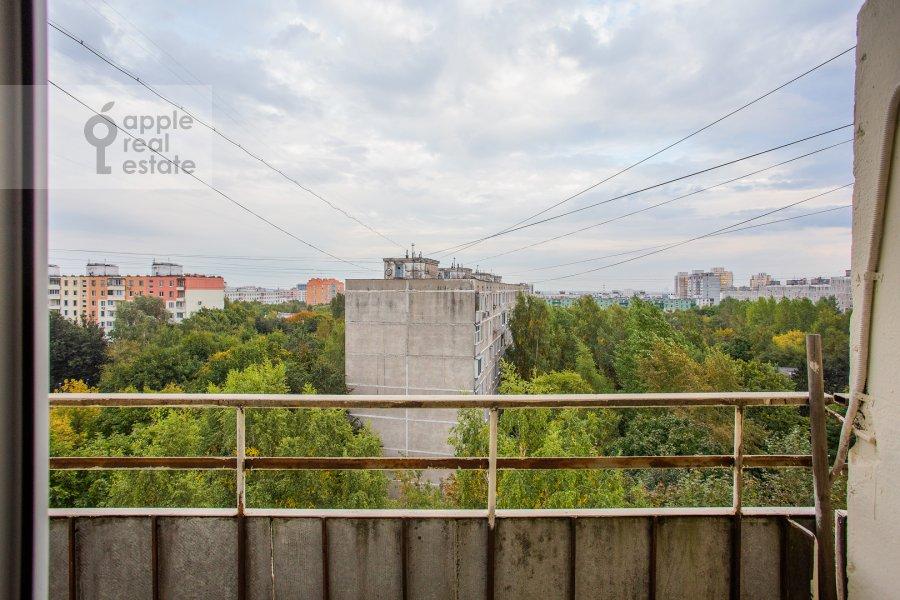 Balcony / Terrace / Loggia of the 2-room apartment at Miklukho-Maklaya 51/1