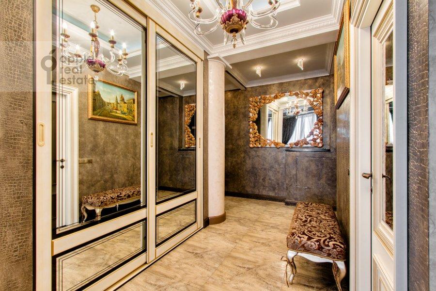 Коридор в 4-комнатной квартире по адресу Карамышевская набережная 48к2