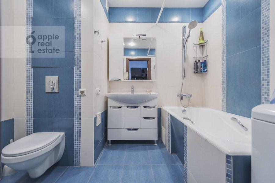 Bathroom of the 2-room apartment at Volzhskiy bul'v. 11