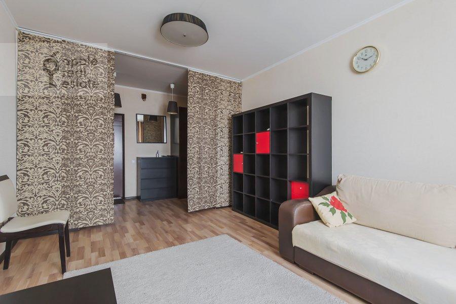 Living room of the 2-room apartment at Volzhskiy bul'v. 11