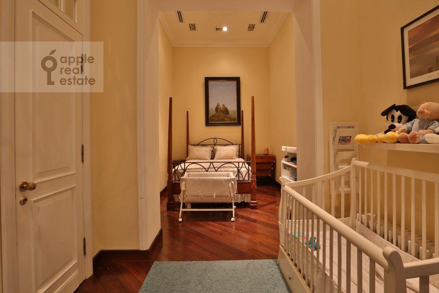 Спальня в 6-комнатной квартире по адресу Иваньковское шоссе 5