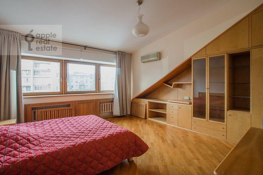 Спальня в 6-комнатной квартире по адресу Яковоапостольский переулок 9с2