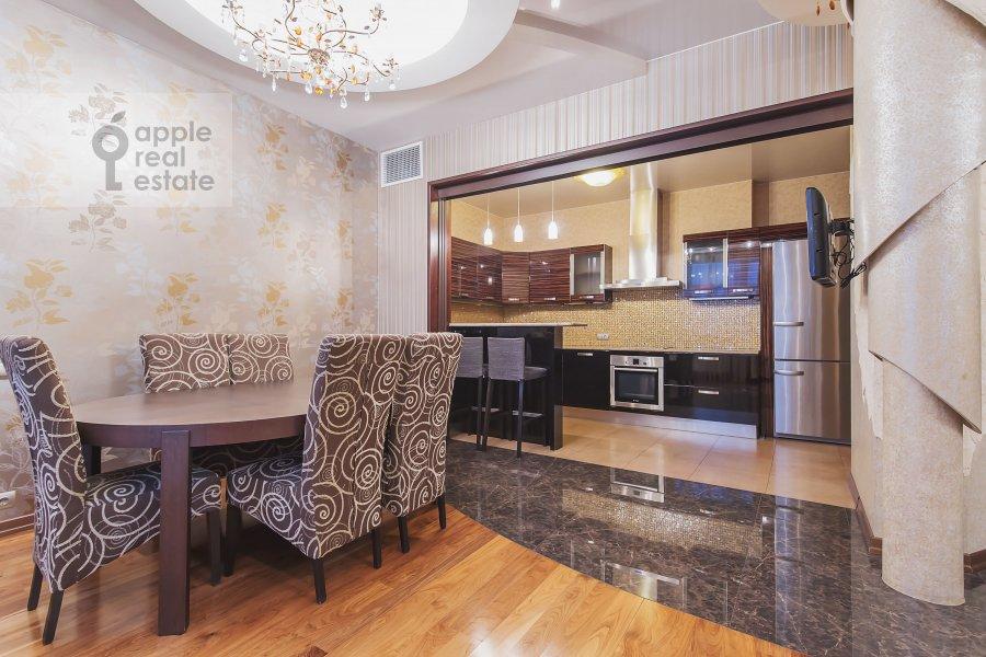 Living room of the 3-room apartment at Marshala Sokolovskogo ul. 5