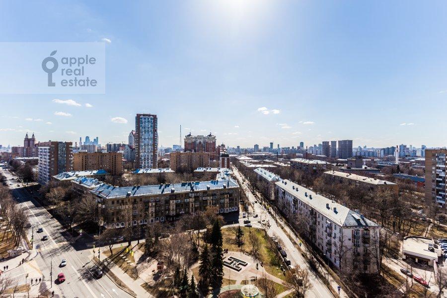 View from the window of the 4-room apartment at Marshala Biryuzova 32k1