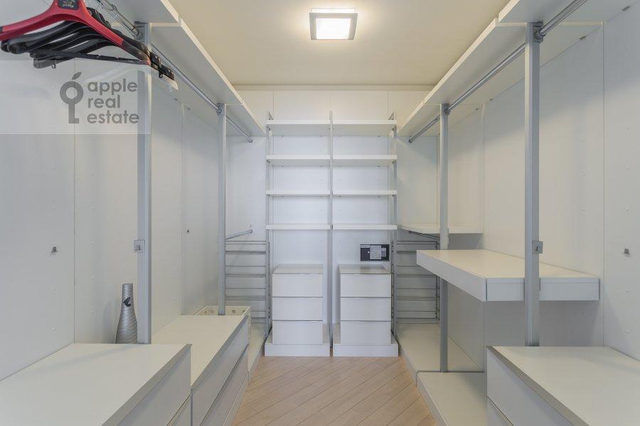 Walk-in closet / Laundry room / Storage room of the 4-room apartment at Marshala Biryuzova 32k1
