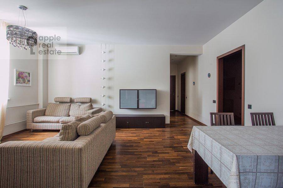 Bedroom of the 3-room apartment at Udal'tsova ul. 81