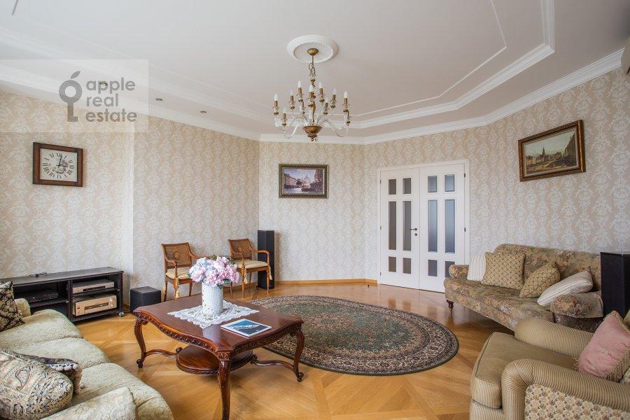 Гостиная в 5-комнатной квартире по адресу Минская ул. 1Гк1