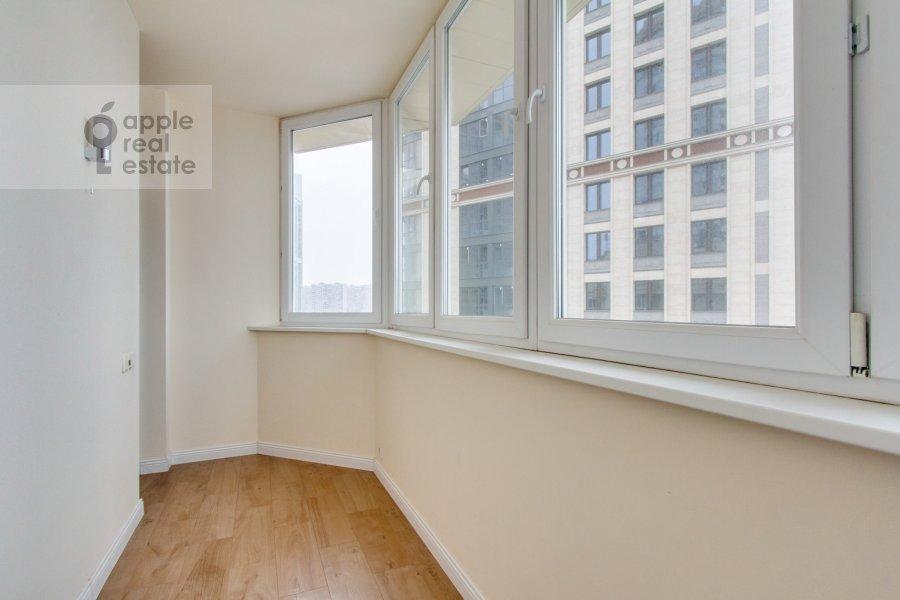 Балкон / Терраса / Лоджия в 4-комнатной квартире по адресу Ярцевская ул. 32