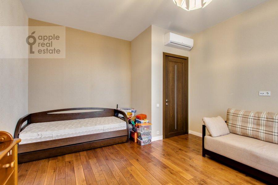 Детская комната / Кабинет в 4-комнатной квартире по адресу Ярцевская ул. 32