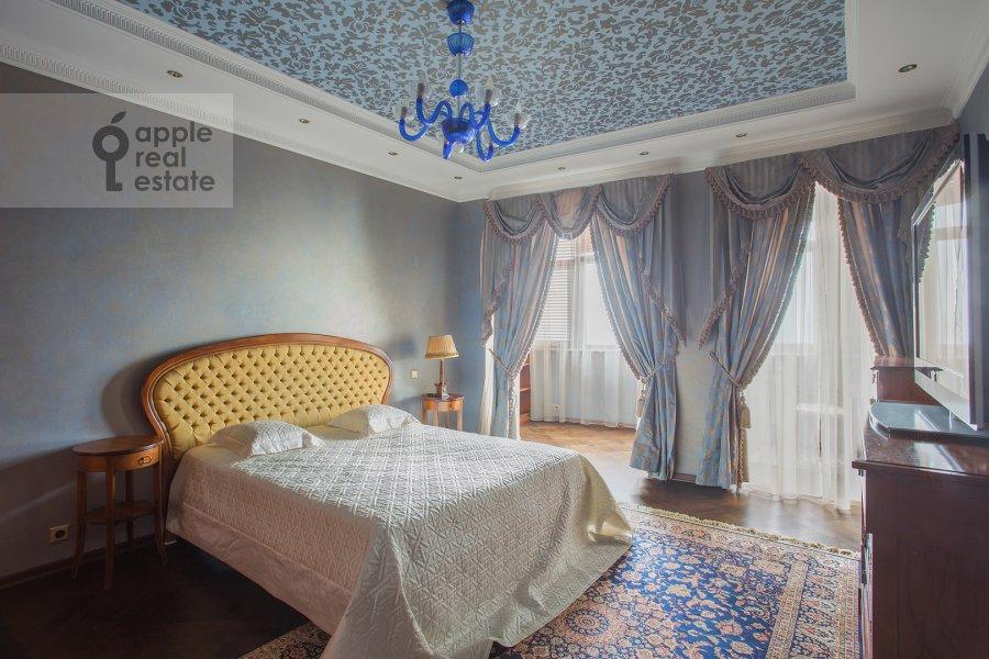 Bedroom of the 6-room apartment at Akademika Pilyugina 24k1