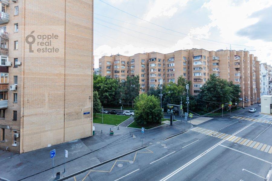 Вид из окна в 5-комнатной квартире по адресу Плющиха ул. 22
