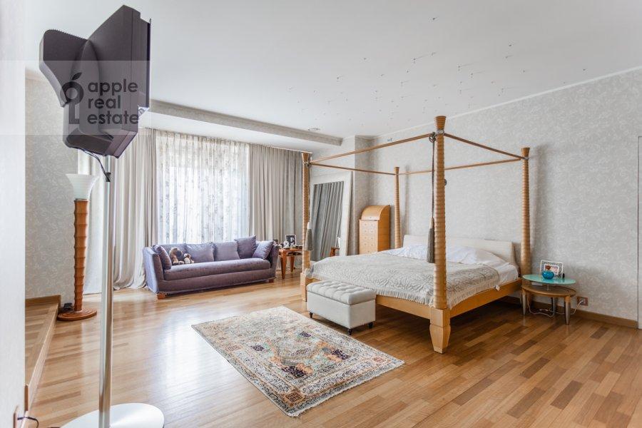 Спальня в 5-комнатной квартире по адресу Плющиха ул. 22